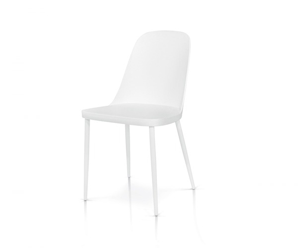 sedie bianche con seduta in polipropilene