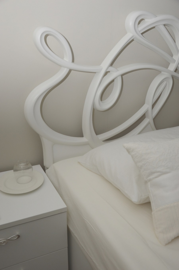 Camera da letto matrimoniale contemporanea