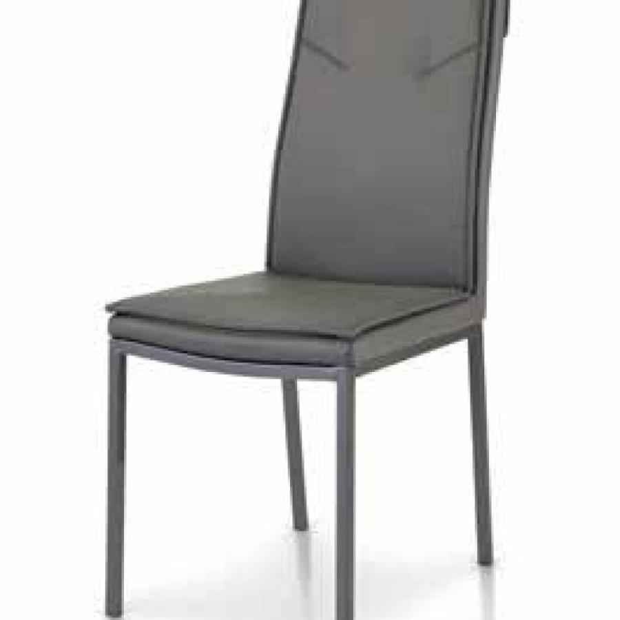 sedie grigie in ecopelle con struttura in metallo verniciato di colore grigio