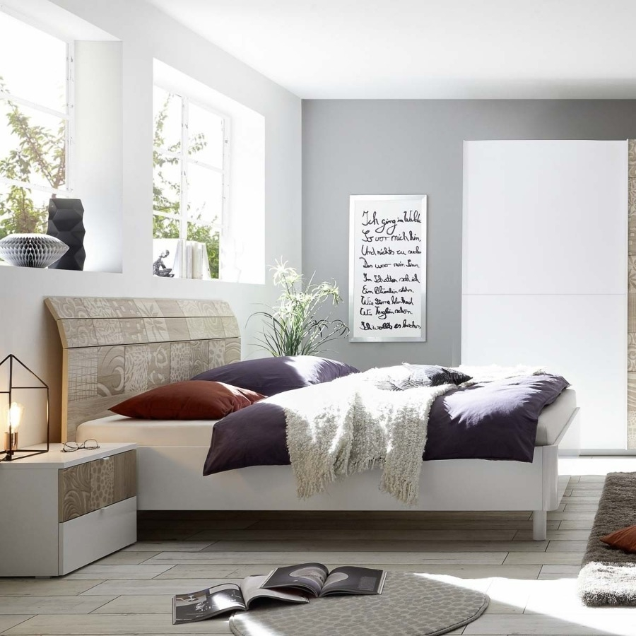 Camera Completa  con letto curvo