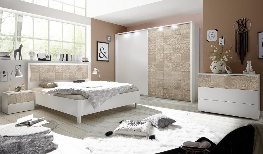 Camera Completa  con letto diritto